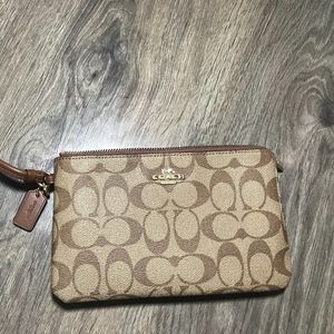 Coach Signature Large Double Zip Wristlet Bag